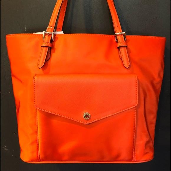 9b70b5484186 MICHAEL Michael Kors Bags | Nwt Michael Kors Jet Set Large Pocket Mf ...